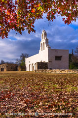 2013121905, Mission San Juan and red oak leaves