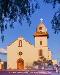 2014083101, Morning light on Ysleta Mission