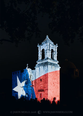2016090903, Texas flag on chapel façade