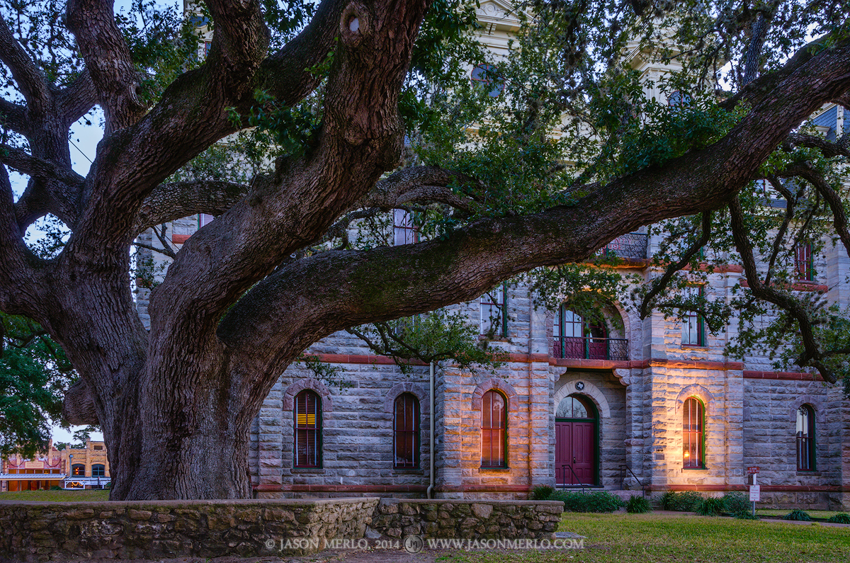 Goliad, Goliad County courthouse, Texas county courthouse, Hanging Tree, photo