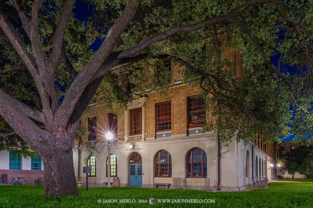 Austin, University of Texas, campus, Sutton Hall, dawn, photo