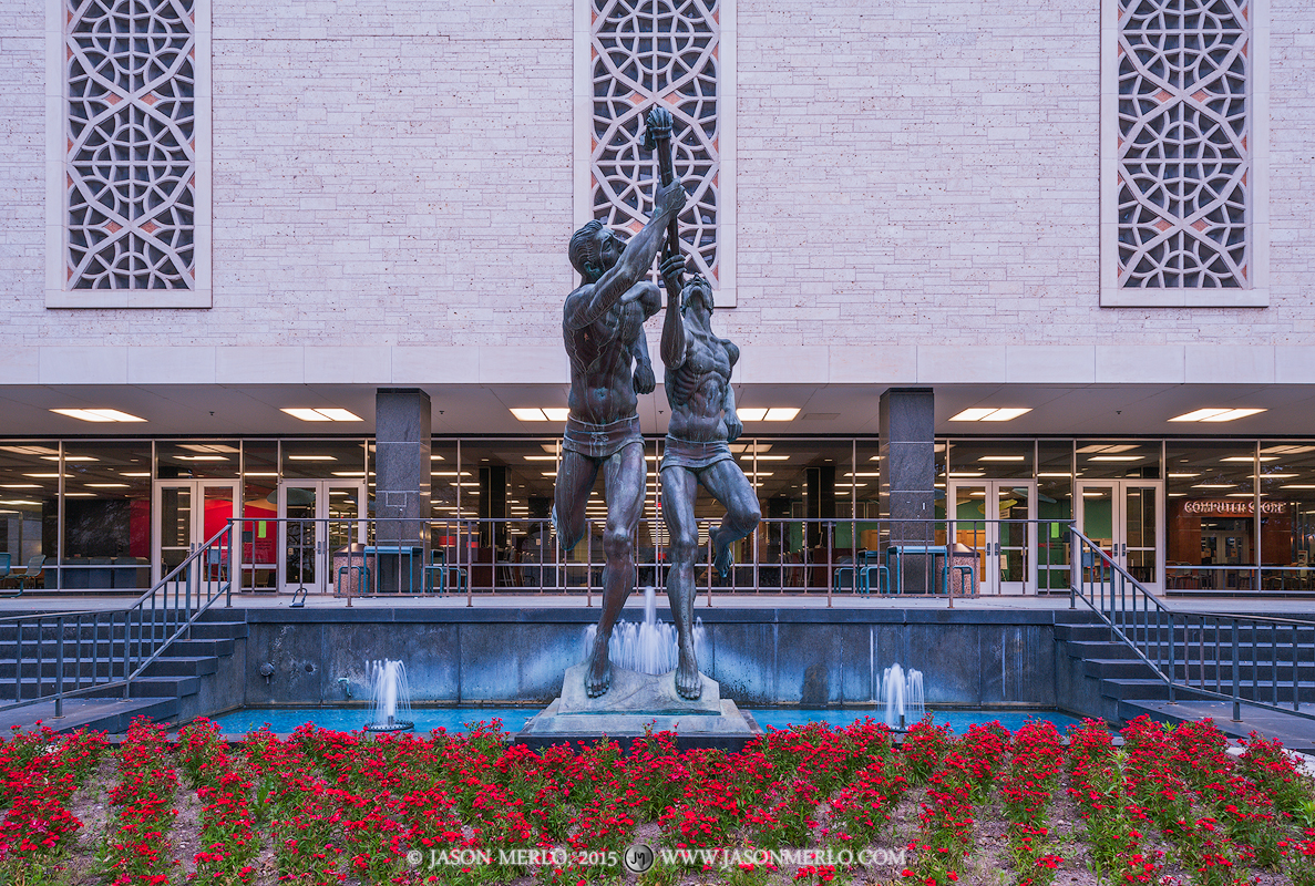 Austin, University of Texas, campus, Flawn Academic Center, Torchbearers, statue, sculpture, photo