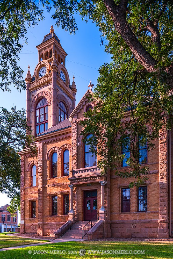Llano, Llano County courthouse, Texas county courthouse, photo