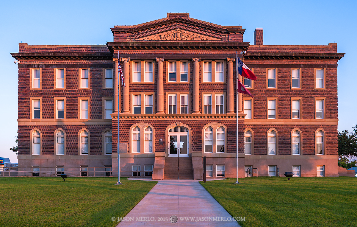 Goldthwaite, Mills County county, Texas county courthouse, photo