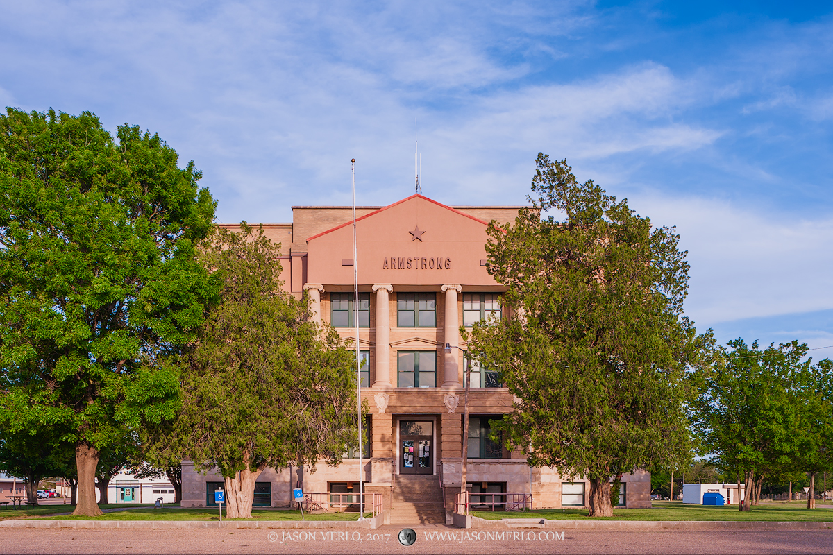 Claude, Armstrong County courthouse, Texas county courthouse, photo